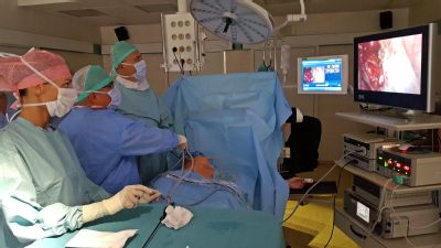 Nadměrného pocení zbavují v Nemocnici Podlesí miniinvazivní operací