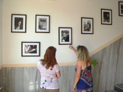 Chodby Nemocnice Podlesí krášlí historické fotografie Jana Sikory