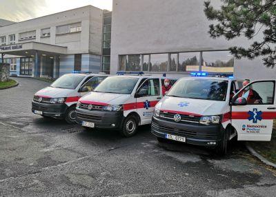 Řidiči sanitek zNemocnice AGEL Třinec-Podlesí pomáhají zachránit životy nejen převozem pacienta